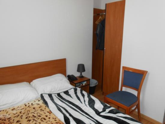 The Moon Hotel : Room 11