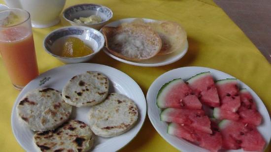 Travel House Sigiriya: Colazione