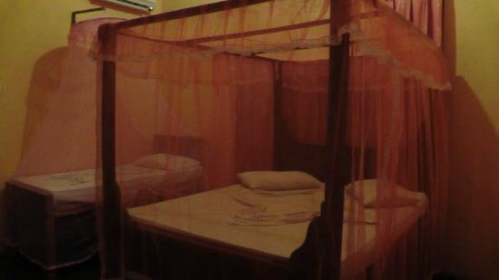 Travel House Sigiriya: Letti stanza