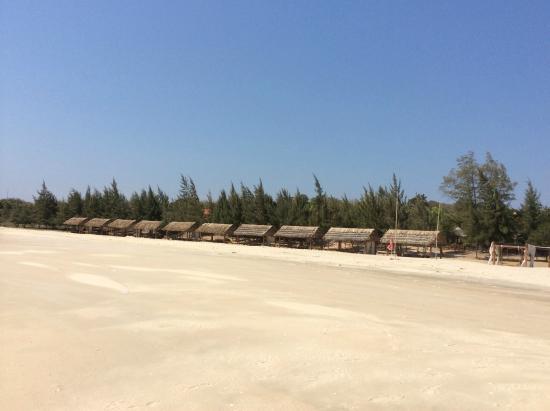 Saigon Hococ Seaside Beach Resort & Hotels: bãi biie63n