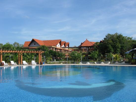 Saigon Hococ Seaside Beach Resort & Hotels: bể bơi