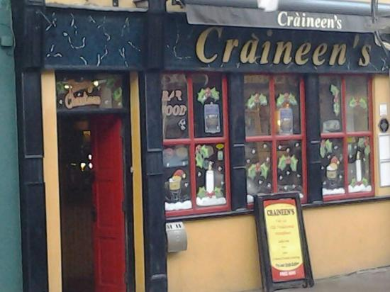 Craineens Bar