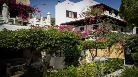 Villa Arni: exterior of the property