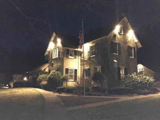 Howarth House Bed & Breakfast : The B&B at night in early spring.