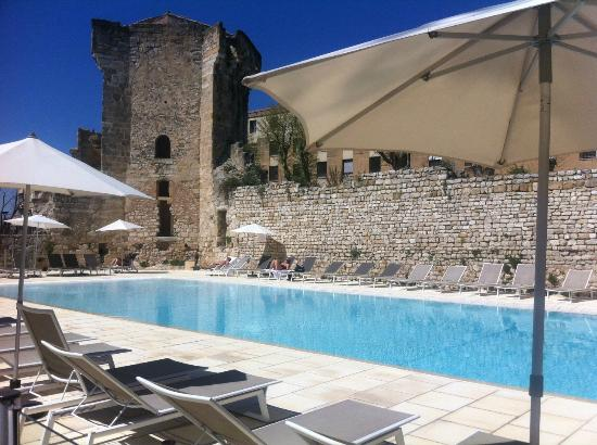 Piscine ext rieure chauff e du spa thermes sextius for Piscine du rhone