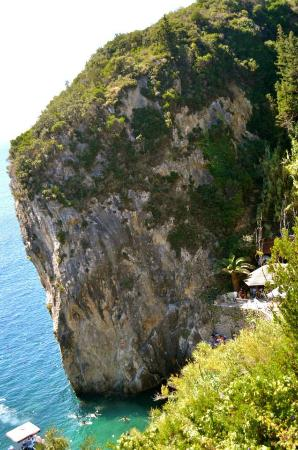 Corfu Taxi Private Tours: Can;t believe there is a bar in that cliff.