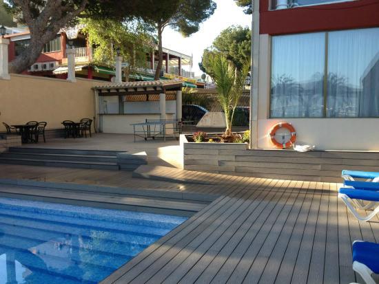 Hotel Seramar Comodoro Playa: Piscina