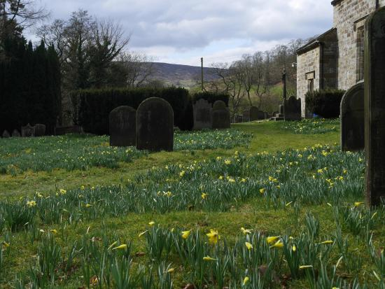 High Bentham, UK: church yard on the Farndale, NYM walking tour