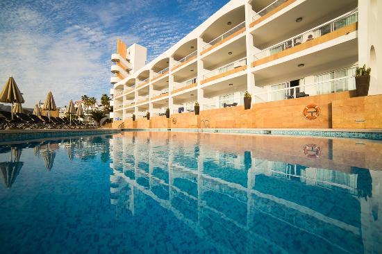 Cabau Altair Apartments