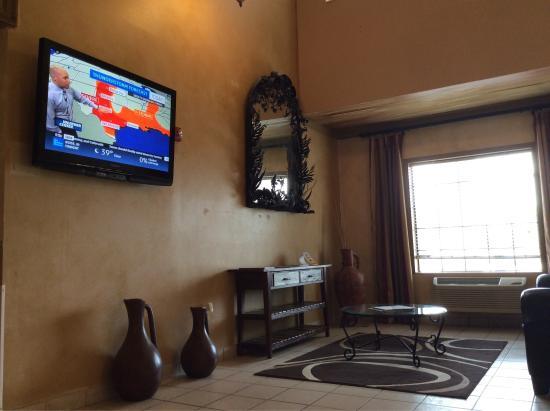 Quality Inn & Suites Austin Airport: photo0.jpg