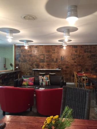 Kalahari Wanneroo Cafe: Nice decor and ambiance to the shop