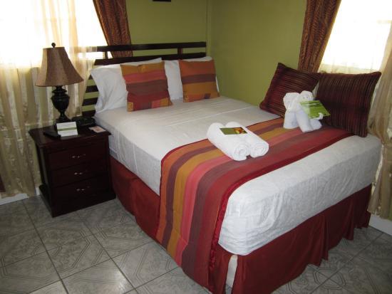 Narakiel's Inn: Standard Room