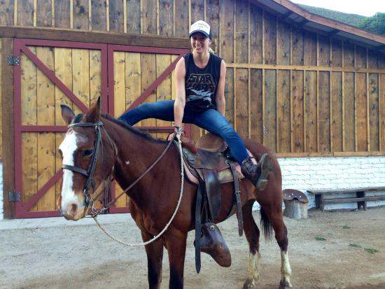 Baja Rancho La Bellota: Horsing around in front of the new barn!