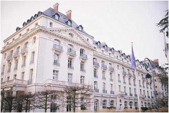 Entr e picture of trianon palace versailles a waldorf astoria hotel versailles tripadvisor - Hotel trianon versailles ...