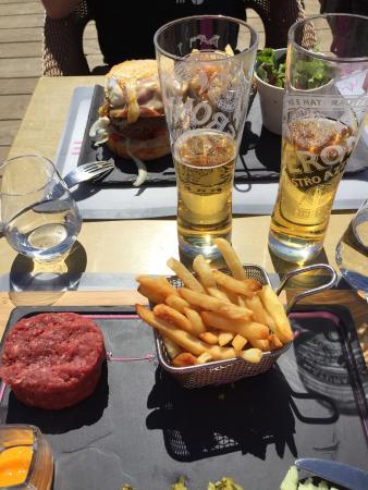 L'ESCALE BLANCHE : Steak tartare
