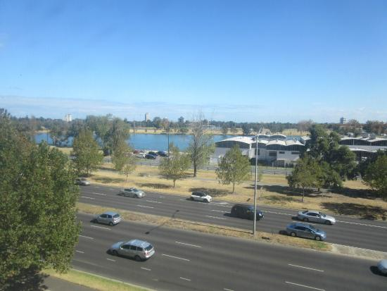 Mercure Melbourne Albert Park: view from privilege lake view room