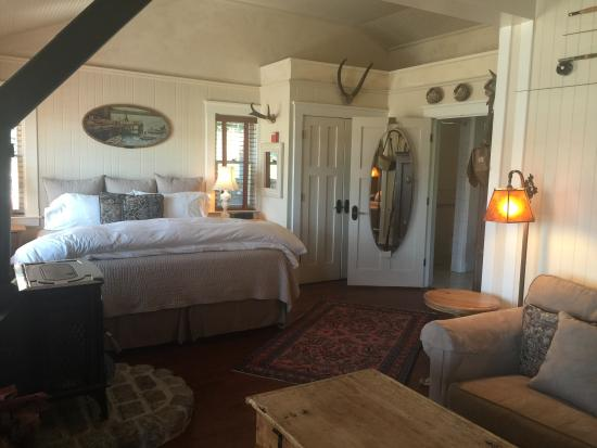 Nick's Cove Cottages: Very cozy
