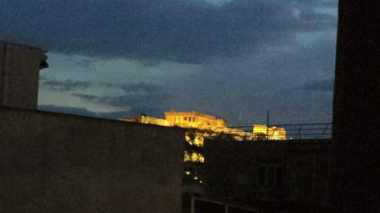 Pan Hotel: View of Acropolis from rom 805