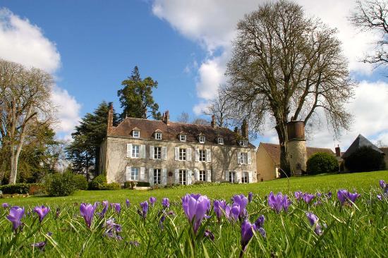 Château de la Mouchère : La Mouchère au printemps