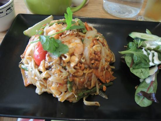 Chi Pan Asian Takeaway Galway: Pad Thai Gorgeous Presentation