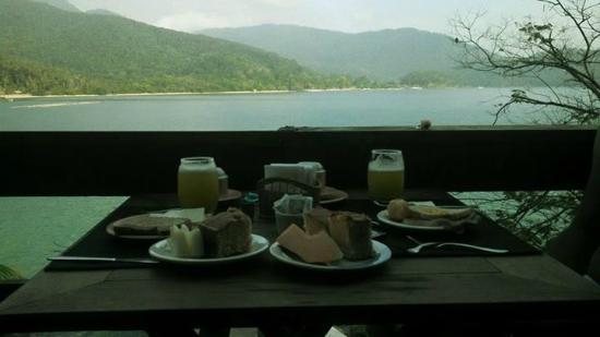 Pousada Praia da Camiranga: Café da manhã