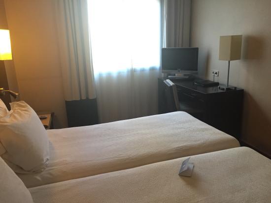 NH Barcelona Eixample: Room 311