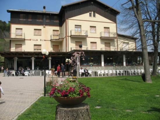 Calizzano, Taliansko: panorama del ristorante