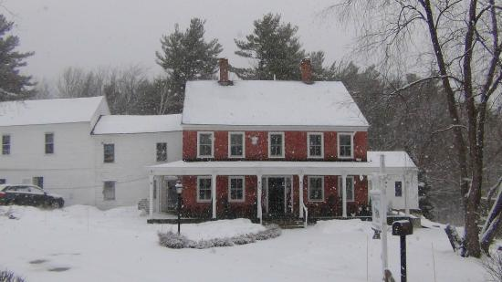 Temple, NH: The Birchwood Inn - a touch of late winter snowfall