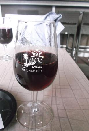GORGES LOCAL RED WINE