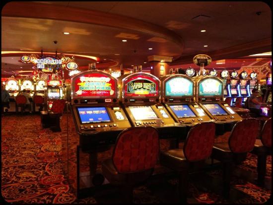 Excelente casino taj mahal picture of trump taj mahal for Taj mahal online casino