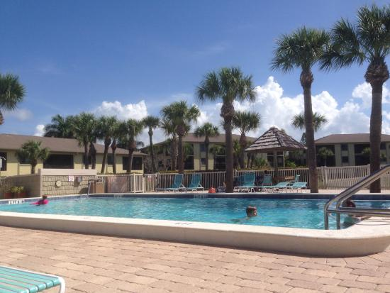 Sandpiper Beach Pool At