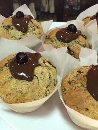 Cafe Lago: Gluten free chocolate brownie muffins!