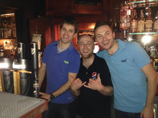 O'Donnell's Bar & Restaurant: Happy Staff