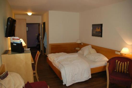 Hotel Residenz Passau: Zimmer mit Bett