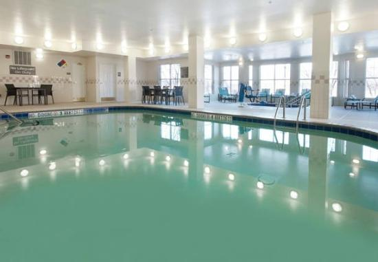 Residence Inn Des Moines West at Jordan Creek Town Center: Pool