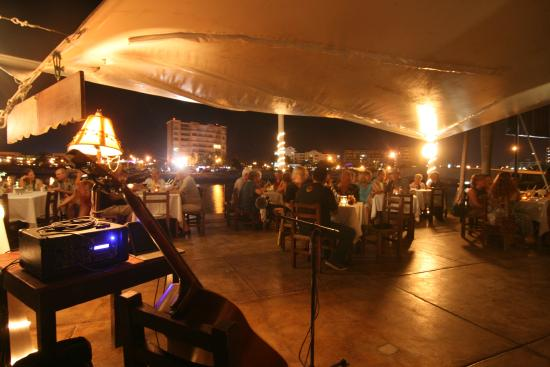 live music picture of chill and grill mazatlan tripadvisor. Black Bedroom Furniture Sets. Home Design Ideas