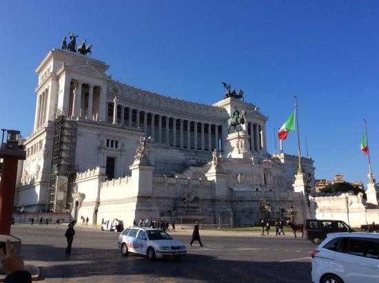Photo of Monument / Landmark Monumento a Vittorio Emanuele II at Piazza Venezia, Rome, Italy