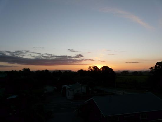 Powderhorn Chateau Mount Ruapehu: Sunset View