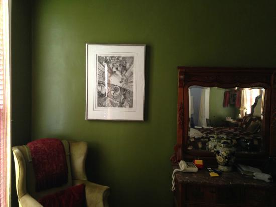 Star of Texas Inn: Spacious, calm room