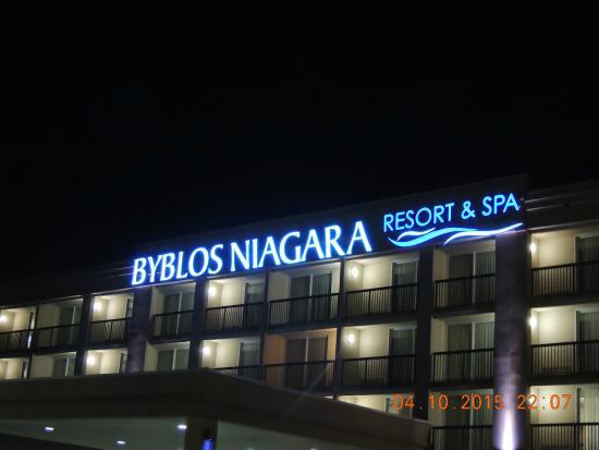 Radisson Hotel Niagara Falls Grand Island Byblos