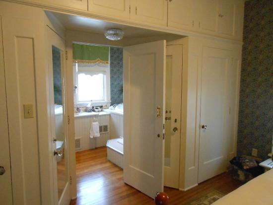 The Oliver Inn: Gertrudes Bed Room