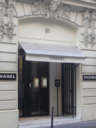 Chanel 31 rue cambon in paris picture of chanel paris for Chanel locations in paris
