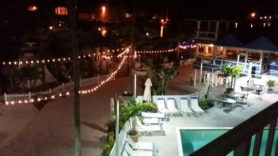 Pirate's Cove Resort and Marina: Get a balcony room!!!