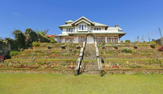 Hillcot Residence