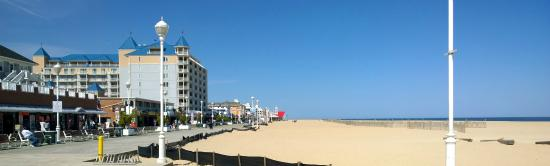 Ocean City Boardwalk: view of boardwalk and beach looking from near Ripley's Believe It or Not