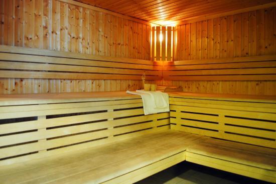 acc dez gratuitement au sauna photo de r sidence nemea. Black Bedroom Furniture Sets. Home Design Ideas