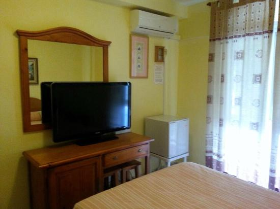 Hostal Azahara: room