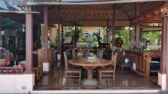 Silver Sea Phuket Beach Villa: Common area