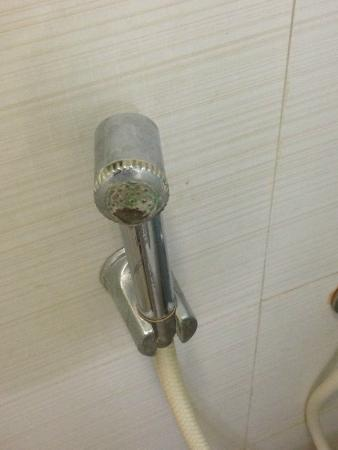 Water Stained Faucet - Picture of Ginger Pune Wakad, Wakad - TripAdvisor