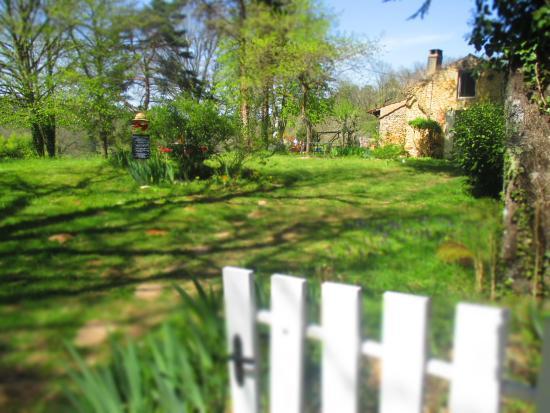 Alles-Sur-Dordogne, France: Vue de l'entrée